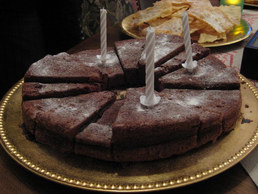 Se servir une part du gâteau