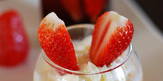Une envie de fraise et de rhubarbe pour la fête des mères !