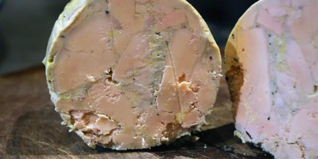 Préparation d'un foie gras mi-cuit avec le robot qui fait tout : le Thermomix