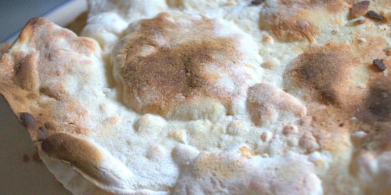 Le pane carasau guttiau, le petit goût des vacances en Sardaigne