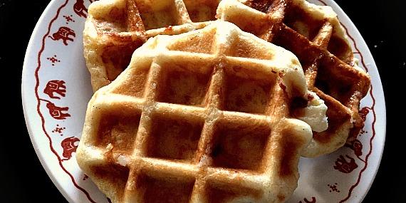 Des gaufres liegeoises : recette traditionnelle et recette au sucre complet